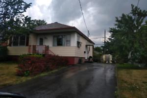Maison à Louer à Laval
