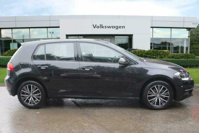 2018 Volkswagen Golf MK7 Facelift 1 4 TSI SE 125PS DSG 5D Petrol black Semi  Auto   in Towcester, Northamptonshire   Gumtree