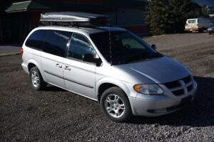 2004 Dodge Grand Caravan Minivan, Van