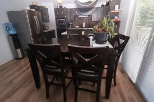 Here's a beautiful 4 bedroom,3 bathroom home in Heritage Heights Regina Regina Area image 5
