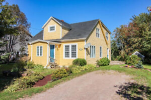 4 bedroom 2.5 bath Charlottetown $225,000