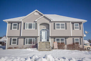 HIGH END HOME IN FAMILY FRIENDLY BROOKSIDE WEST