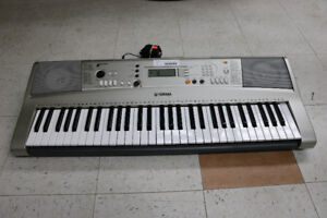 **MUSICAL** Yamaha PSR-E3123 Electric Piano Keyboard - 15883
