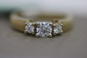 **BIRKS** Ladys 14kt Past Present Future Diamond Ring (#15563)