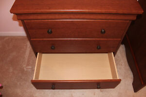 Crib and dresser - Made in Canada Cambridge Kitchener Area image 8