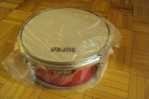 Snare drums, cymbals, tom tom, accessories a vendre.