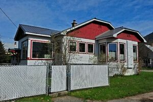 House for sale in Revelstoke. Great Location!