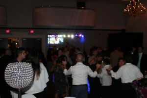 GET THE BEST OF BOTH WORLDS >> LIVE DJ. + PICTURES << all-in-one