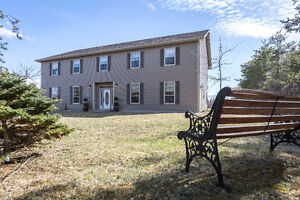 858 Murray Rd, St.Antoine - ABOVE GRADE IN-LAW SUITE!!!