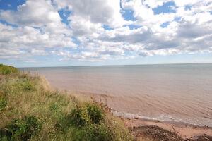 -TERRAIN VACANT pour const. avec vue sur la mer-à Grande-Rivière