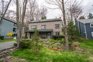 Beautiful home nestled in Bedford Hills - 43 Bedford Hills Road