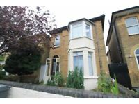1 bedroom flat in Essex Park, Finchley, N31