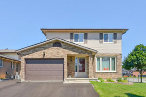 Idlewood- Beautiful 4 Bedroom Home with Pool