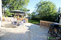 This welcoming two story home/Cottage in Point-De-Chene
