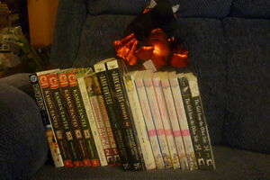 Manga (Graphic Novels) 22 Volumes Box Lot
