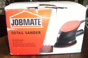 ELECTRIC PALM SANDER USED ONCE