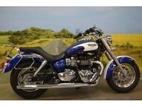 Triumph Bonneville America 865 2013**LOW SEAT HEIGHT, FORWARD CONTROLS**