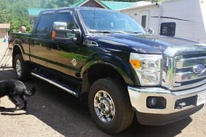 REDUCED!!!!!   2014 Ford F-250 Super Duty Lariat Pickup Truck