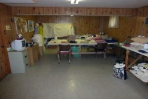 Sewing Machine Lot - SINGER - 4 Machines and extras ...