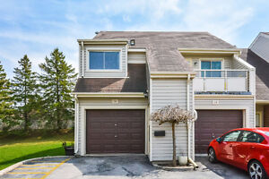 IMMACULATE 3 BED BUNGALOW TOWNHOME IN ALPINE VILLAGE