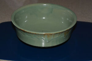 Roseville Pottery Bowl London Ontario image 1