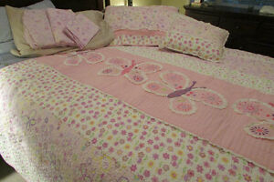 GIRLS TWIN SIZE BED SETS