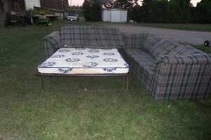 Sectional Couch / sofabed