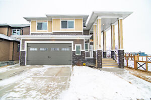 HOUSE FOR SALE - CARRIAGE HOUSE - RED DEER
