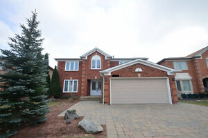Oakville – Glenn Abbey - 5 Bedroom detached rental - $3200+