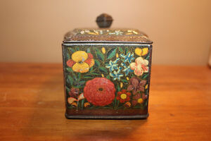 Vintage Biscuit Tin London Ontario image 4