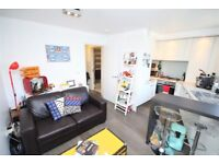 1 bedroom flat in St Pauls Road, Islington, N1