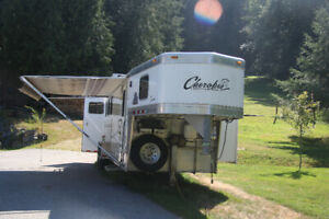 3 horse angle-haul cherokee horse trailer with living quarters