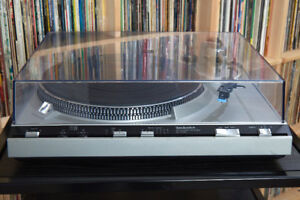 Vintage Technics Turntable / Record Player - Fully Serviced