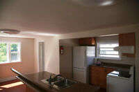 Bradford Downtown easy access Apartment 1500SQ FT Renovated!