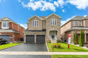 AMAZING DETACHED HOME ! PRIME LOCATION WITH BASEMENT APARTMENT