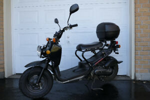 Honda Ruckus 2005 en excellente condition