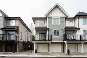 Almost Brand New Townhouse 3 Bed 3Bath in Willoughby (Rent)