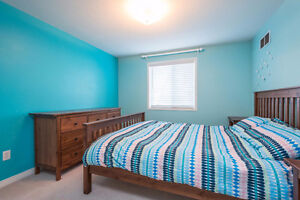 Great Family Home in Desirable Highland Heights, London London Ontario image 9