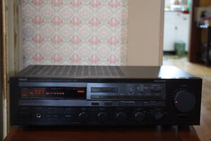 Yamaha Stereo Receiver - RX-830