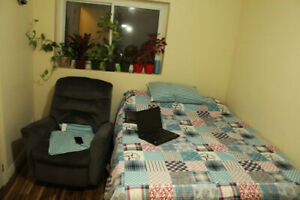 Furnished Room Sublet May 1 - August 31 Utility & WiFi Included
