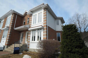 Town house to rent - Brossard O Section