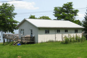 Vacation Cottage near Picton in Prince Edward County
