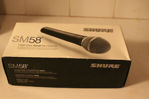 Shure SM58 Dynamic Vocal Microphone with Mic clip, storage bag