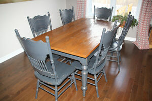 Table et chaises antique-Reproduction-Antique table and chairs
