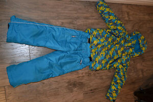 Snow suit size 5