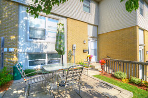 Open House - Sat. Jan 7 2-4 - Immaculate 2 Storey Condo