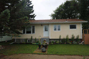 This 3 bedroom bungalow's ready for a new owner!