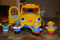 """Fisher Price Little People """"Lil Movers School Bus"""""""