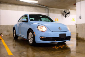 2014 Volkswagen Beetle /PANORAMIC ROOF /snow tire / ONE OWNER