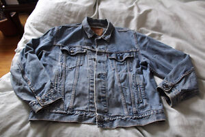 levis jean jacket blue pink floyd patch small excellent